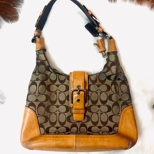Authentic Coach signature  buckle hobo bag 6824